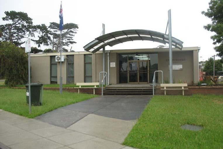 Outside view of Dromana Magistrates' Court