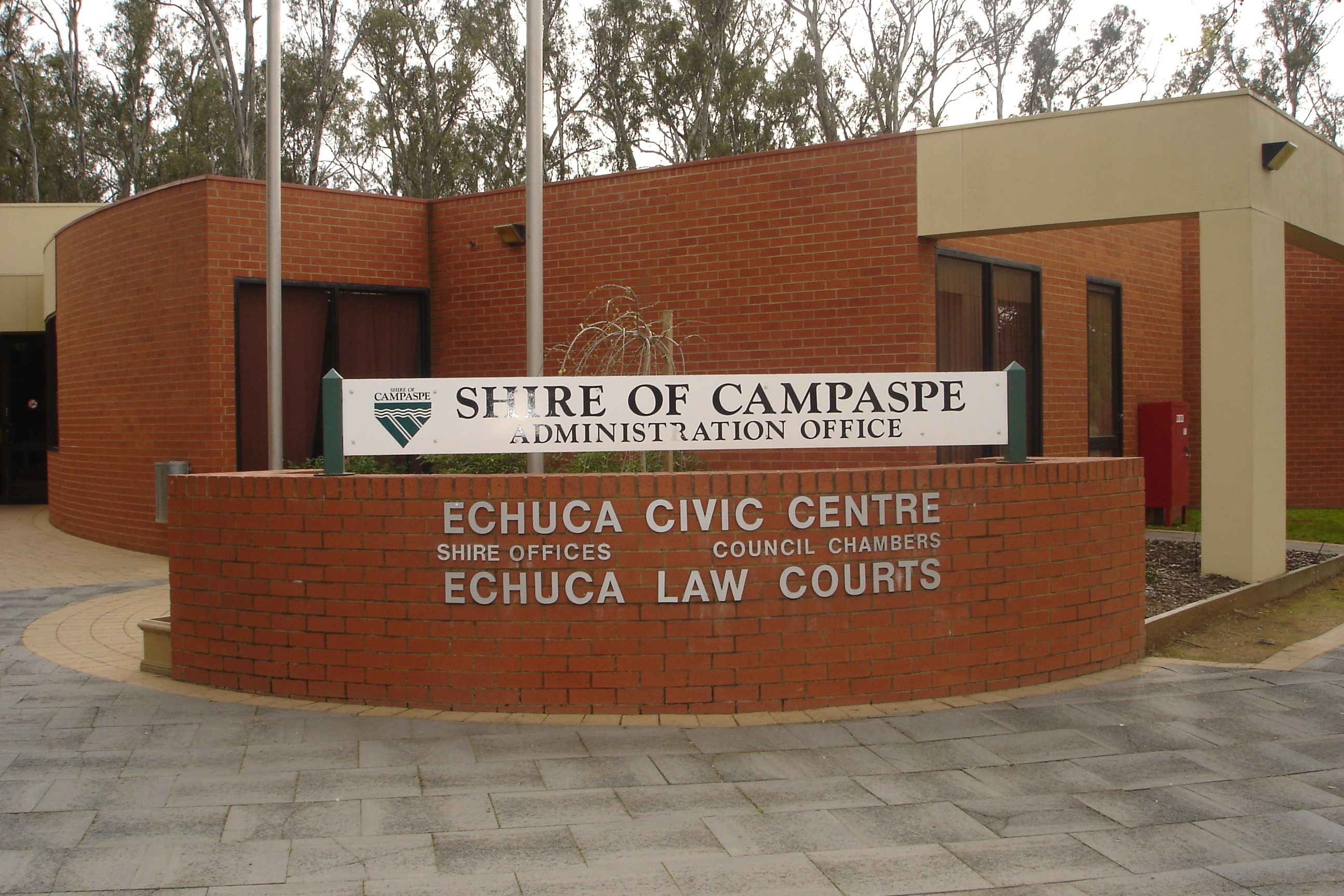 Outside of Echuca Magistrates' Court